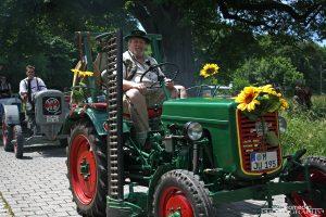1. Oldtimer-Traktoren-Treffen im Gut Nederling