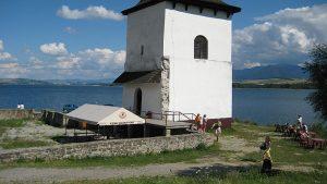 Der Kirchturm von Havránok