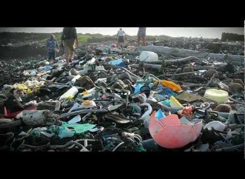 Plastik über alles (Addicted to Plastic)