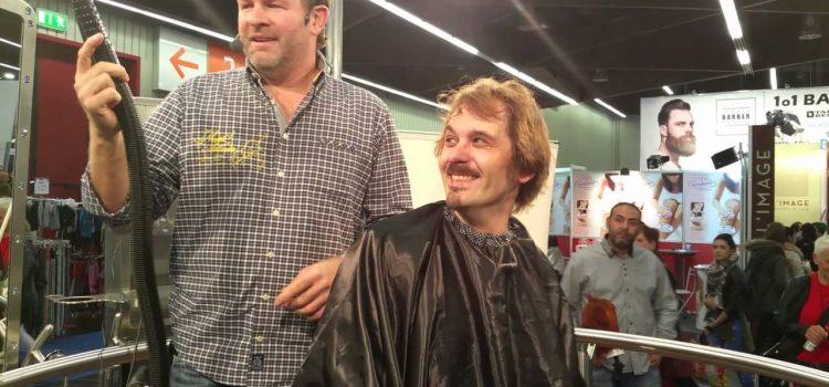 Fu|Lo Flowbee Haarschnitttest auf der Messe Nürnberg