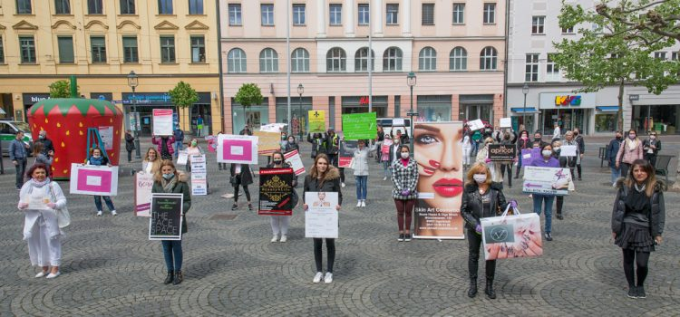 Demo #beautybranchestehtauf Augsburg am 01.05.2020