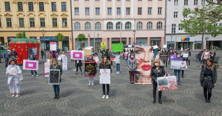 Demo #beautybranchestehtauf